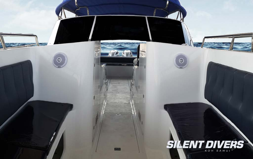 The Kraken Silent DIvers 2 Engine Speedboat Koh Samui